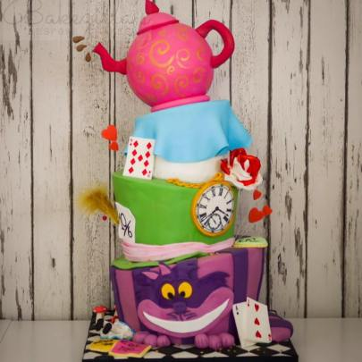 alice in wonderland birthday cake for  this mad hatters tea party